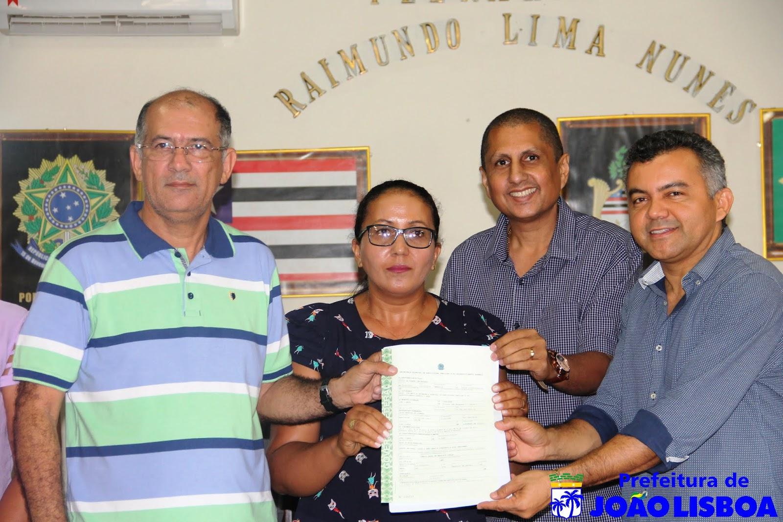 Prefeitura de João Lisboa e INCRA entregam Título de Urbanização aos Moradores do Povoado São Raimundo